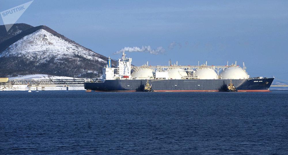 诺瓦泰克与中石油和中海油签署出售北极液化天然气2号项目10%权益合同