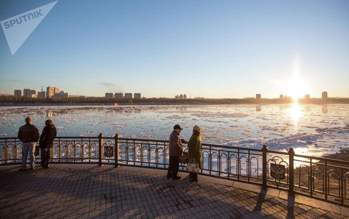 俄阿穆尔州州长会见中国哈尔滨市市长