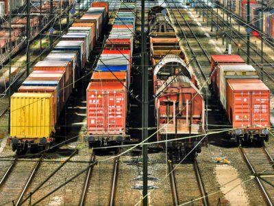 俄铁物流公司开通途经俄主要地区的对华集装箱整箱运输线路
