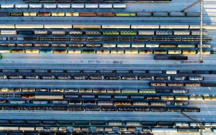 俄铁集装箱运输公司首列装载铅锌精矿的列车驶往中国