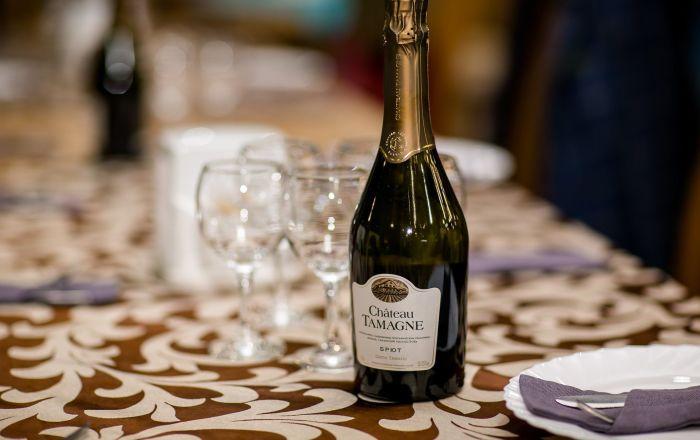 俄公司计划在中国发展葡萄酒实体店销售网络