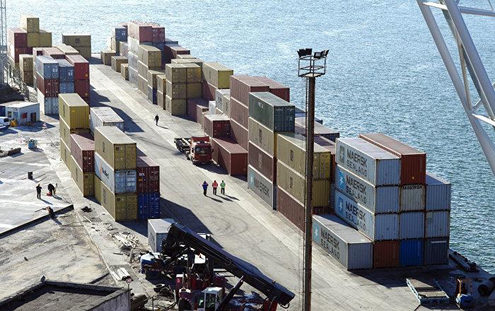 中国海关总署:1-5月俄中贸易额为408.93亿美元 同比下降4.3%