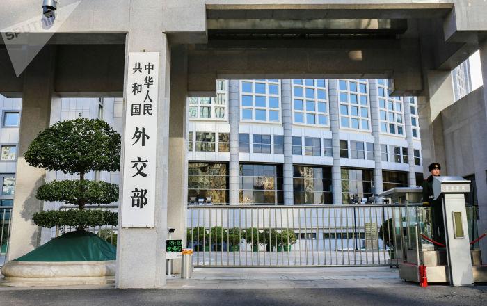 中国外交部:中俄携手抗疫成为两国关系的新亮点