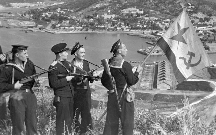 俄罗斯历史学家讲述苏联如何帮中国获得主权