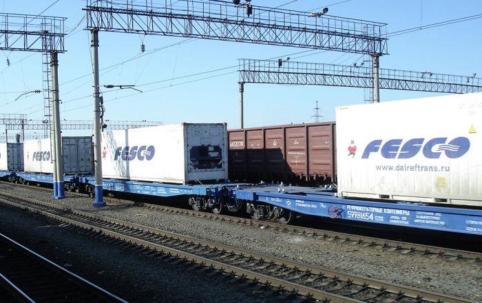 俄远东海洋运输集团开通从中国向欧洲快速运输汽车的集装箱列车路线