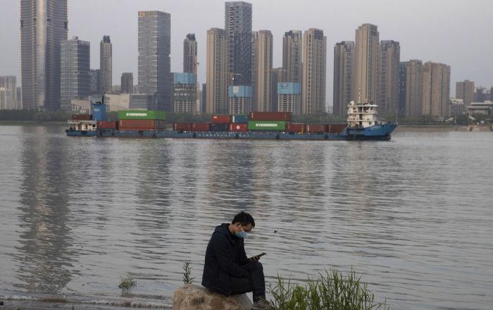 中国海关总署:1-4月中俄贸易额为335.63亿美元 同比增长0.1%