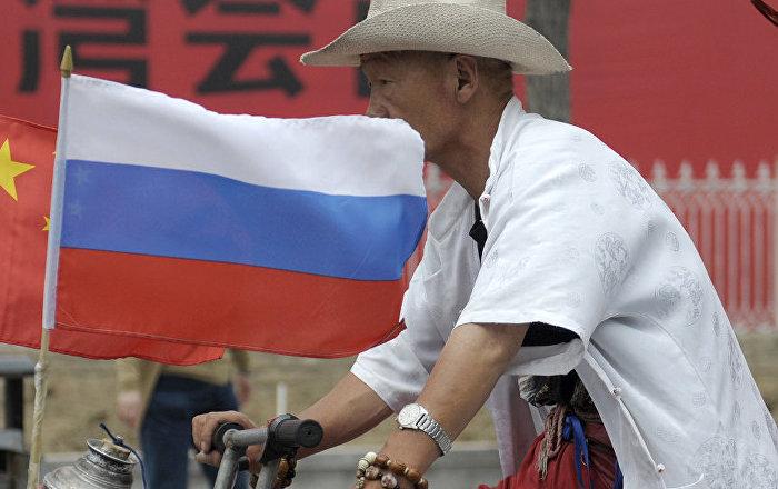 俄驻华大使:俄中经贸往来正在恢复